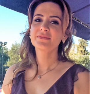 French Cluster - Tanaz Moshir - Profile photo4.png