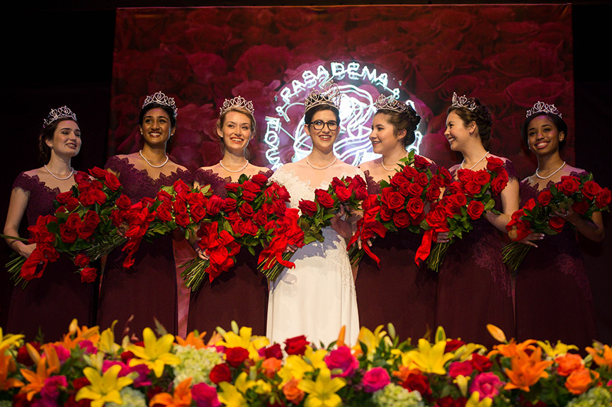 Rose Queen Louise Siskel with her Royal Court (Photo/Keith Birmingham, Pasadena Star News)