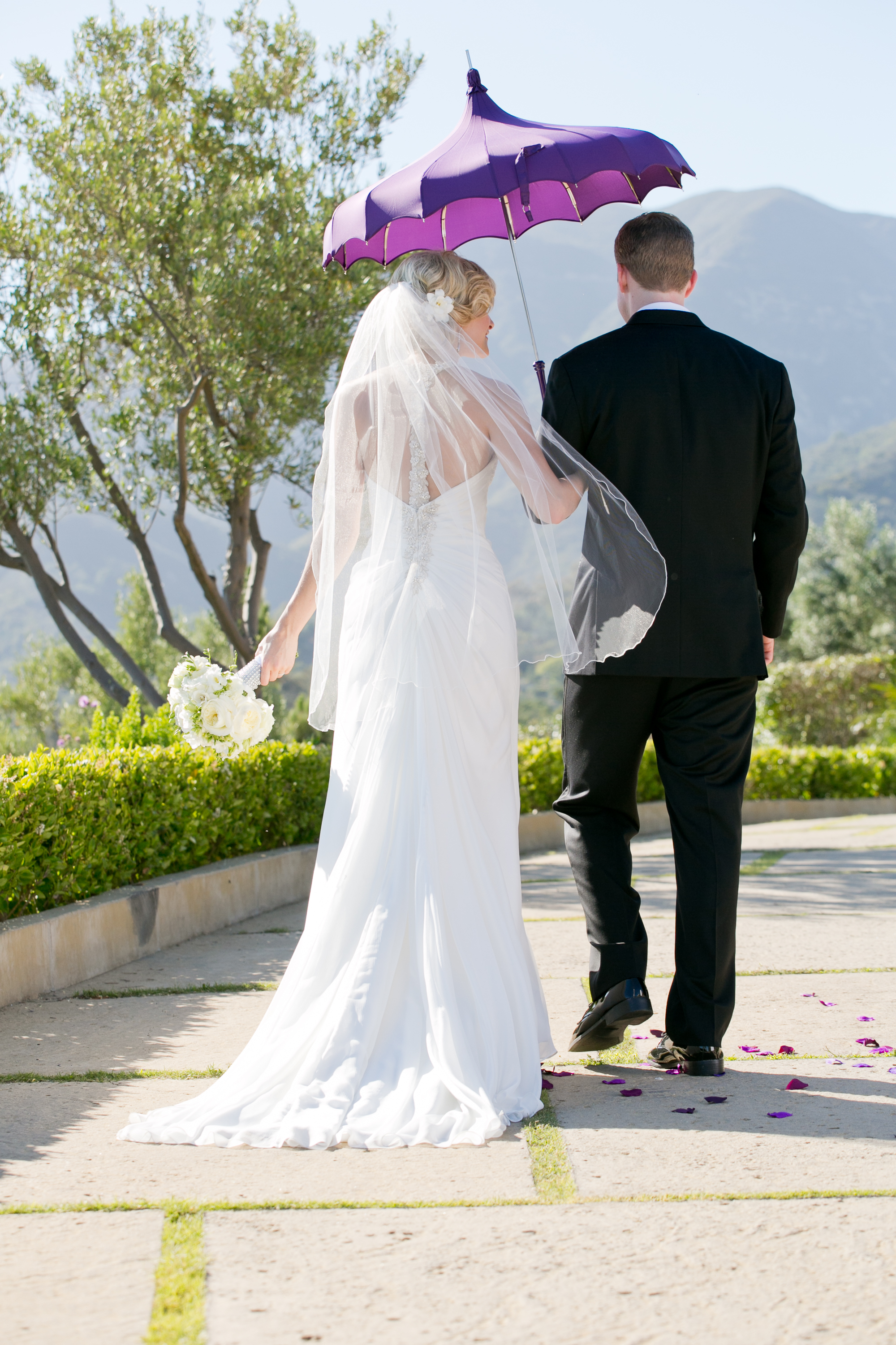 Cody Floral Design in Santa Barbara | Stephanie Hogue Photography | Bella Umbrella