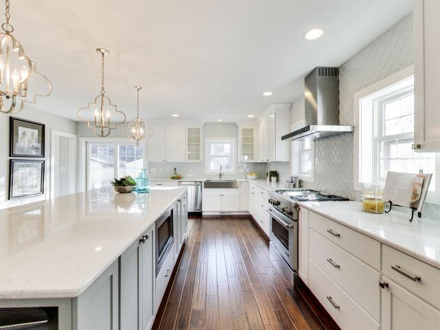 Selecting the best lighting for your kitchen layout