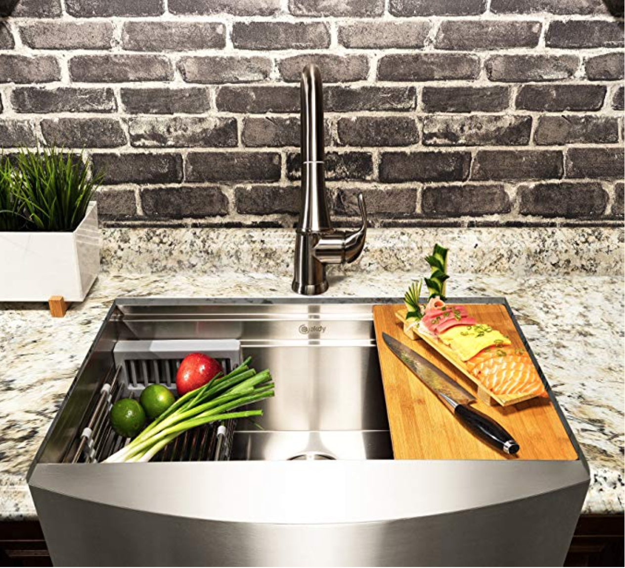 Apron/Farmhouse Stainless Steel Kitchen Sink