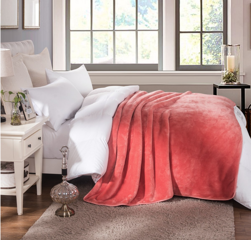 beautiful ways to incorporate coral into your home decor