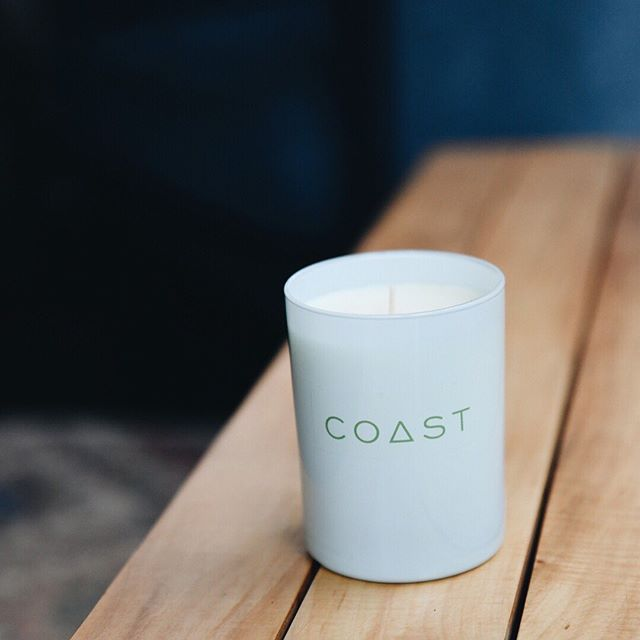 Beach House is an invigorating blend of summer scents with a hint of jasmine!  #beach #local #candle #summer #ocean 📷: @annapetrow