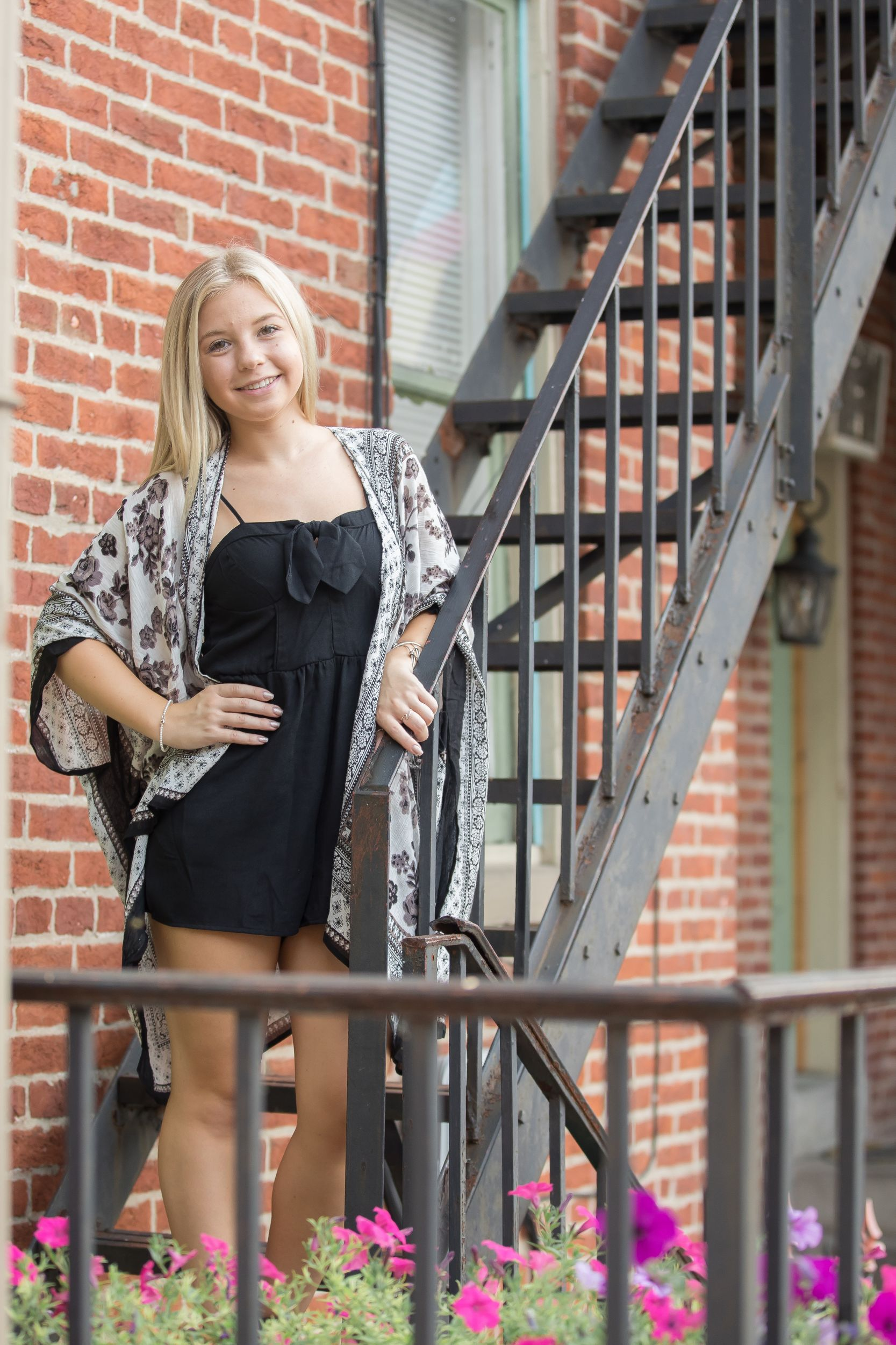 _MnB_web_Eden Senior Session-1097.jpg