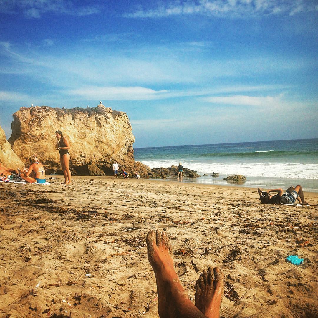 The Wave.  #kooleyisrelaxing  (at El Matador State Beach)