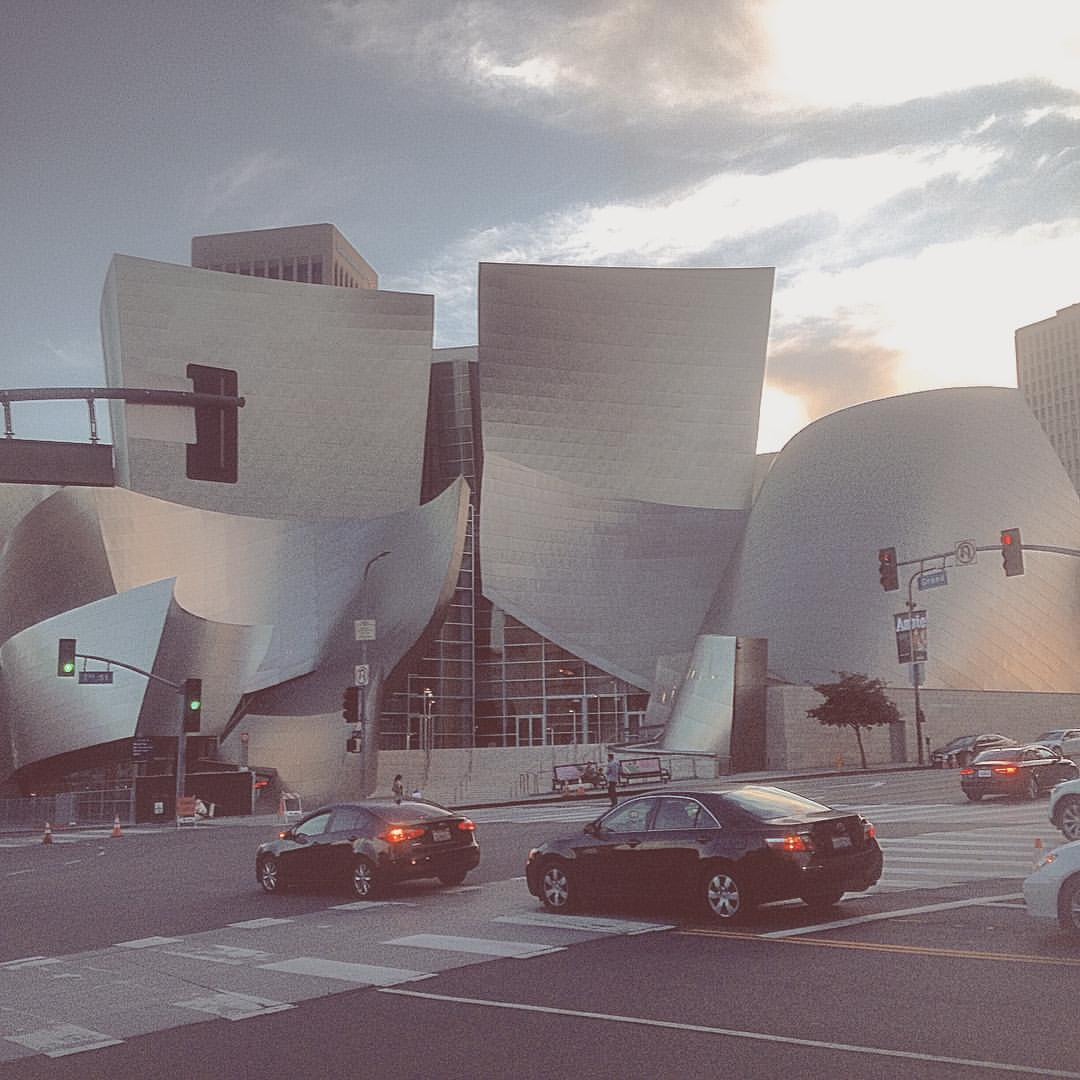 My favorite building to look at out here.  #LA  (at Walt Disney Concert Hall)