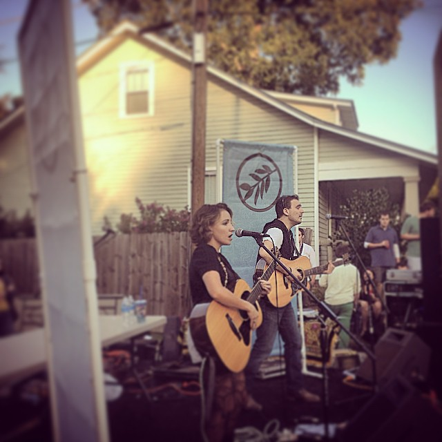 The homie @_laurareed rocking out proper. #raleigh #songstress #lovely #igers #acoustic