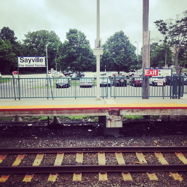 No Trains in Sayville for like an hour. Got me running late to my other other job.  Fack!!!!