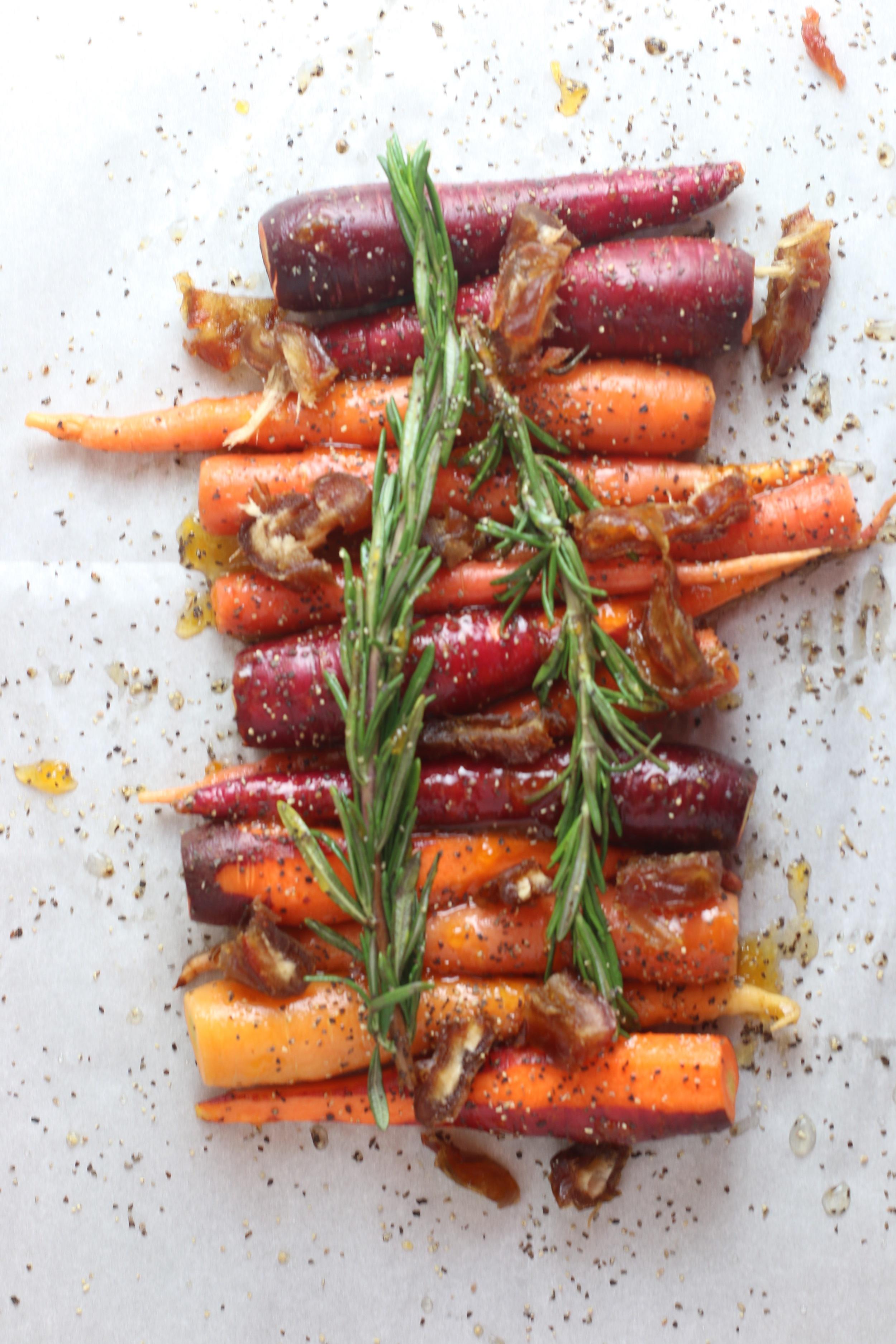 apricot glazed roasted carrots_6843.jpg