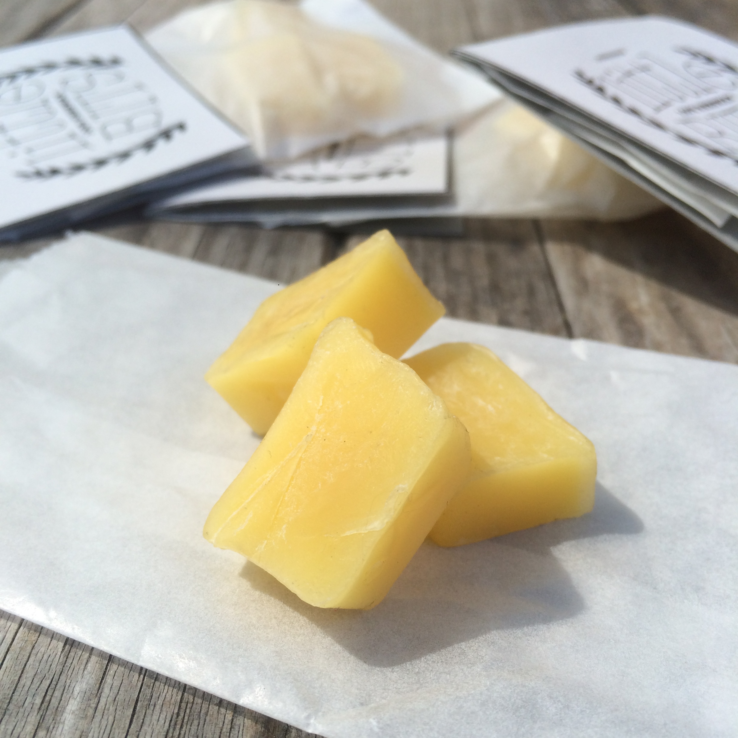 Little Bits - 100% beeswax. 100% natural.