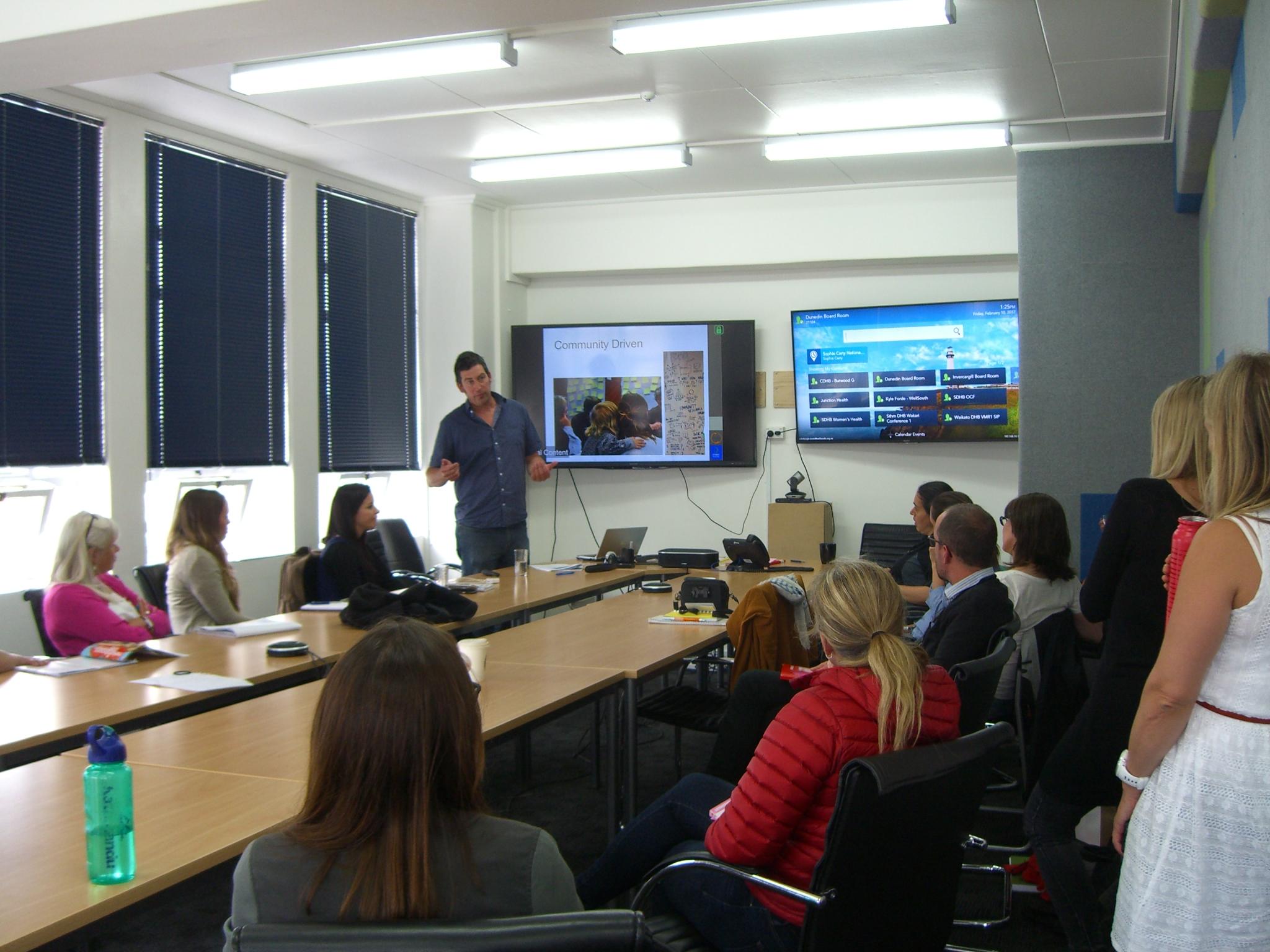 Rhys presenting Otago Food Economy work
