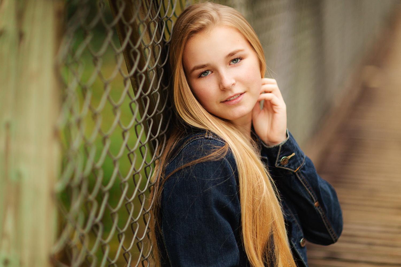ariellanoellephotography-senior-portraits-highschool-portraiture-monroe-washington-seattle-duvall-woodinville-redmond-kirkland-area-1.jpg