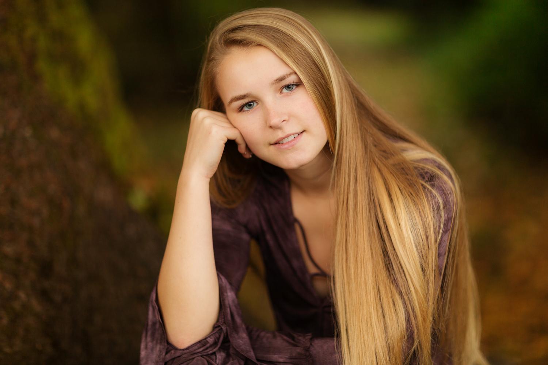 ariellanoellephotography-senior-portraits-highschool-portraiture-monroe-washington-seattle-duvall-woodinville-redmond-kirkland-area-1-8.jpg