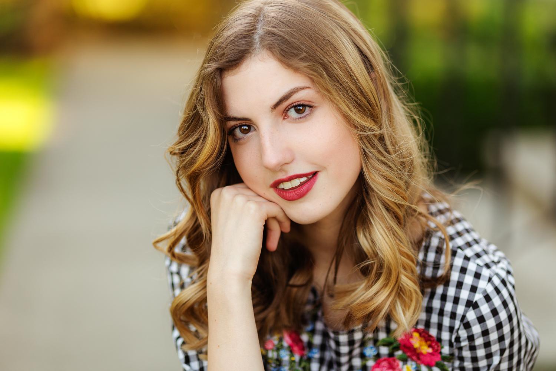 ariellanoellephotography-actor-headshot-modeling-portfolio-actress-seattle-area-washington-photographer-portraits-1-11.jpg