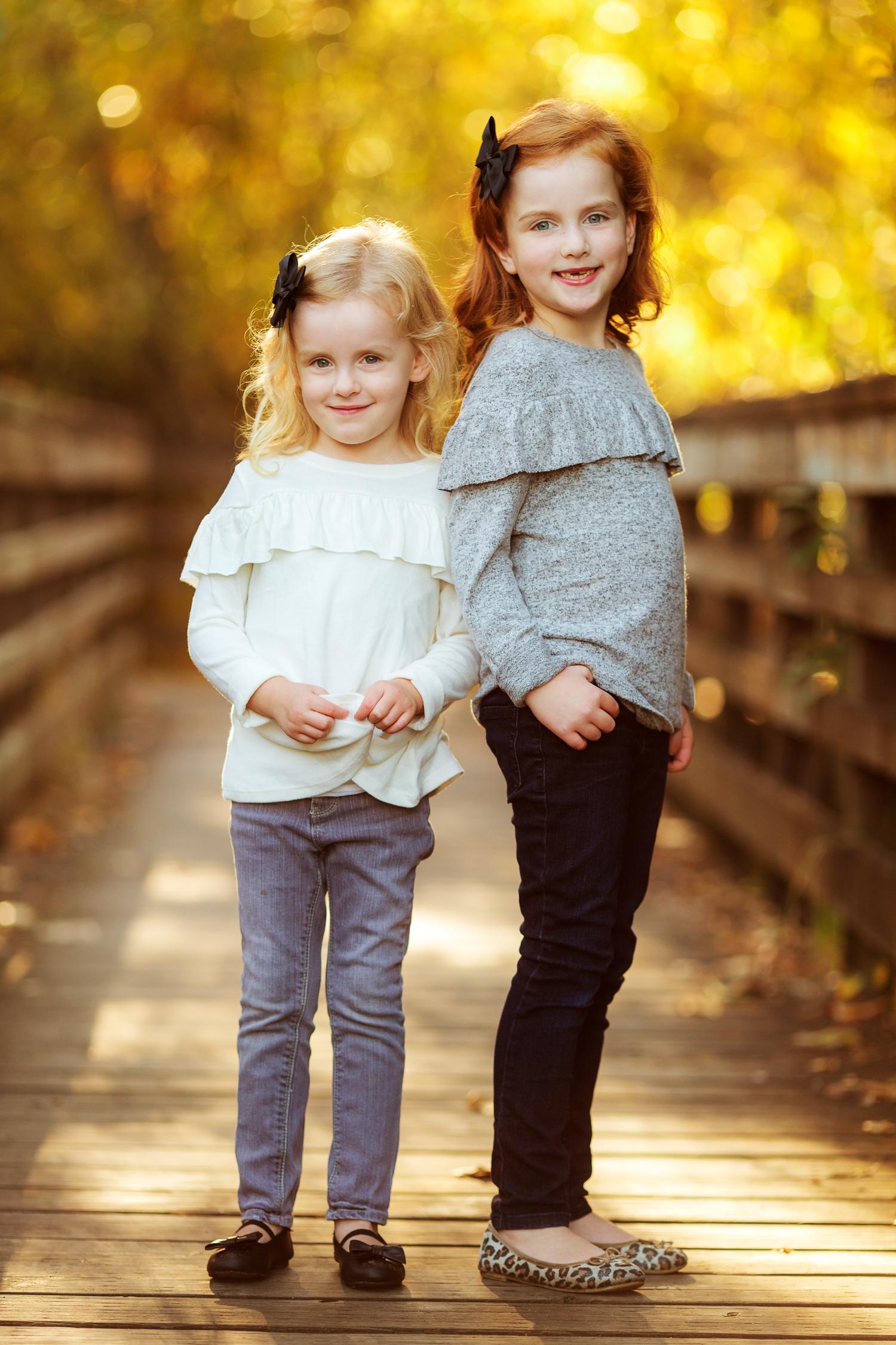 ariellanoellephotography-family-portrait-session-fall-mini-photographer-seniors-highschool-portraiture-child-photographer-1-8.jpg