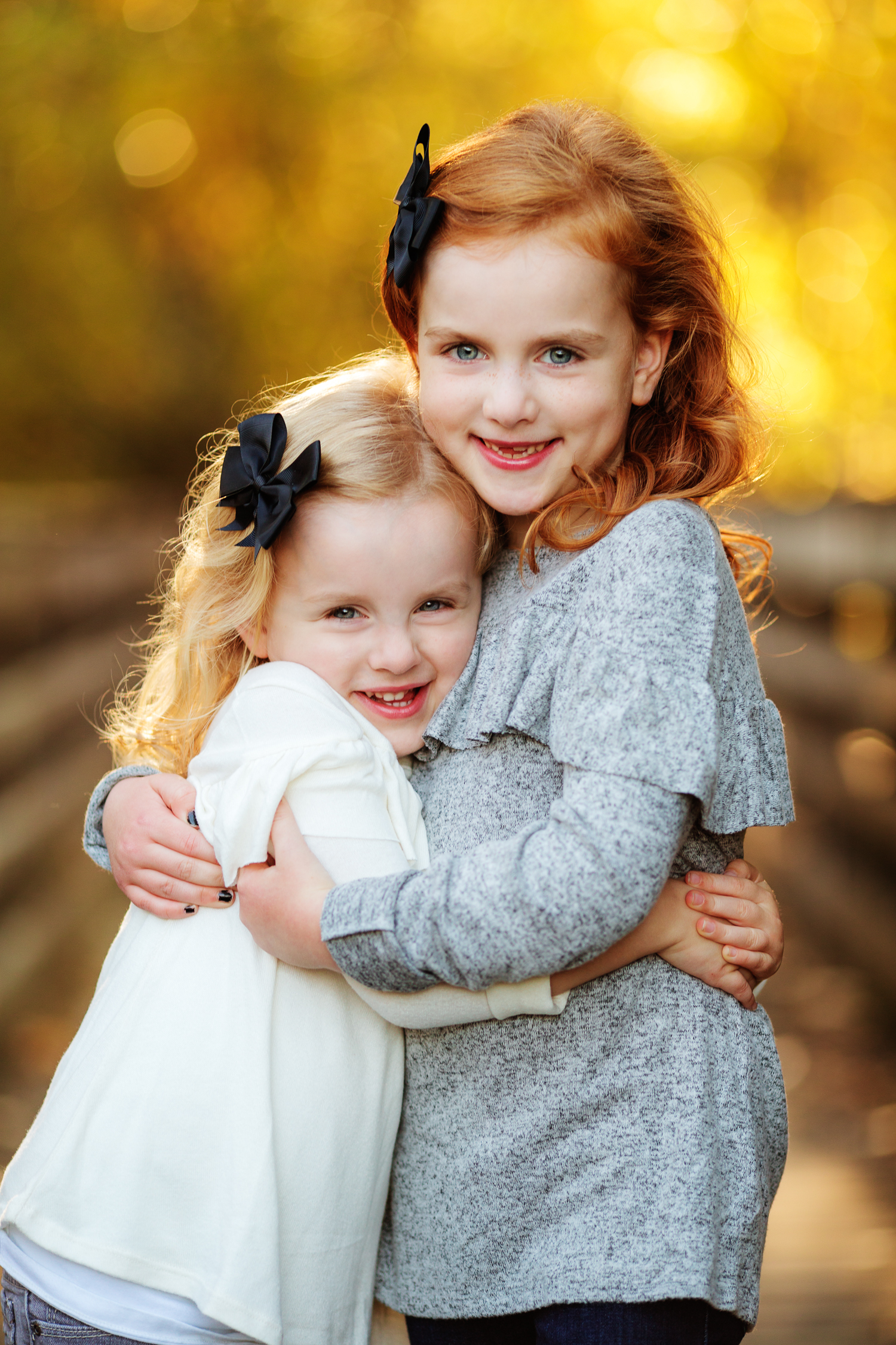 ariellanoellephotography-family-portrait-session-fall-mini-photographer-seniors-highschool-portraiture-child-photographer-3.jpg