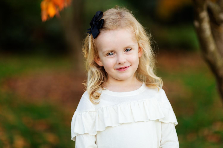 ariellanoellephotography-fall-family-portraits-seattle-monroe-area-family-photography-child-portraiture-highschool-seniors-bellevue-woodinville-lake-sammamish-redmond-1-7.jpg
