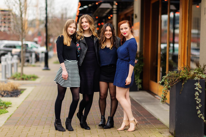 ariellanoellephotography-friend-photoshoot-senior-girls-highschool-seattle-bellevue-kirkland-area-1-10.jpg
