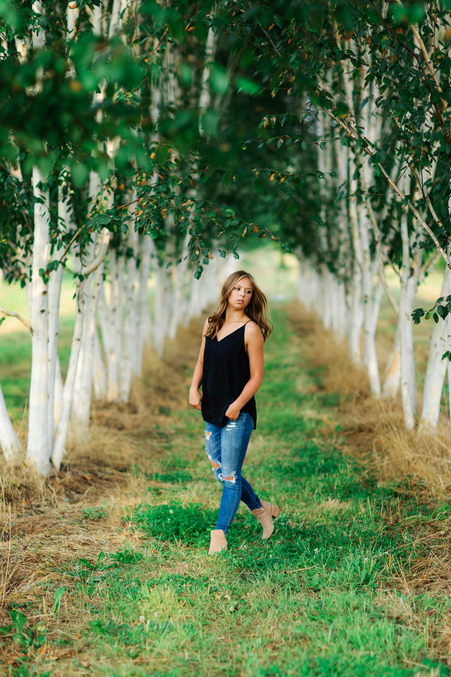 ariellanoellephotography-juanita-bay-highschool-kirkland-washington-area-senior-portrait-photographer-1-2.jpg