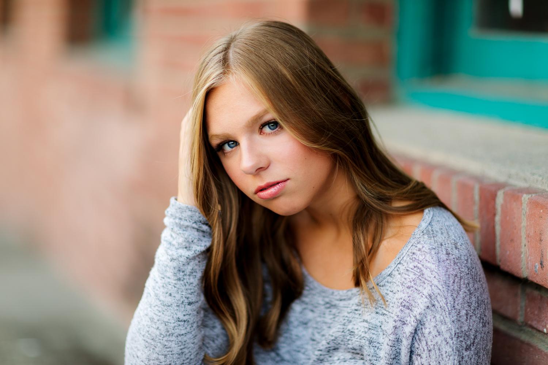 ariellanoellephotography-juanita-bay-highschool-kirkland-washington-area-senior-portrait-photographer-1-12.jpg