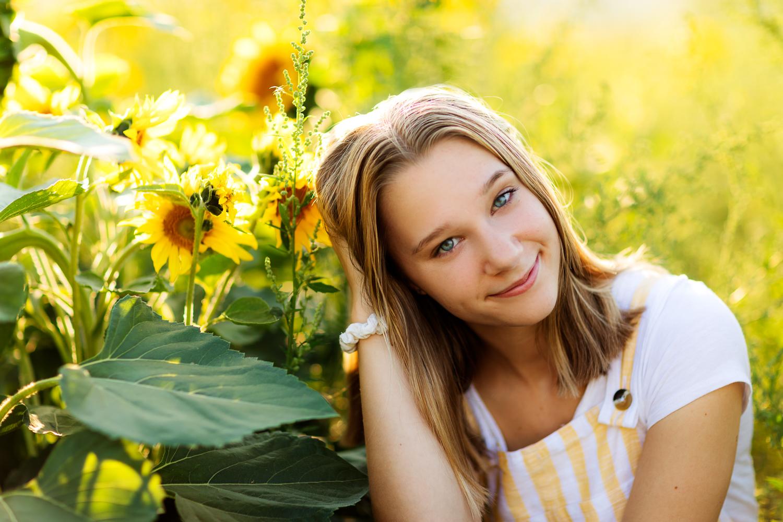 ariellanoellephotography-portraiture-highschool-senior-photos-top-seattle-area-photographer-1.jpg