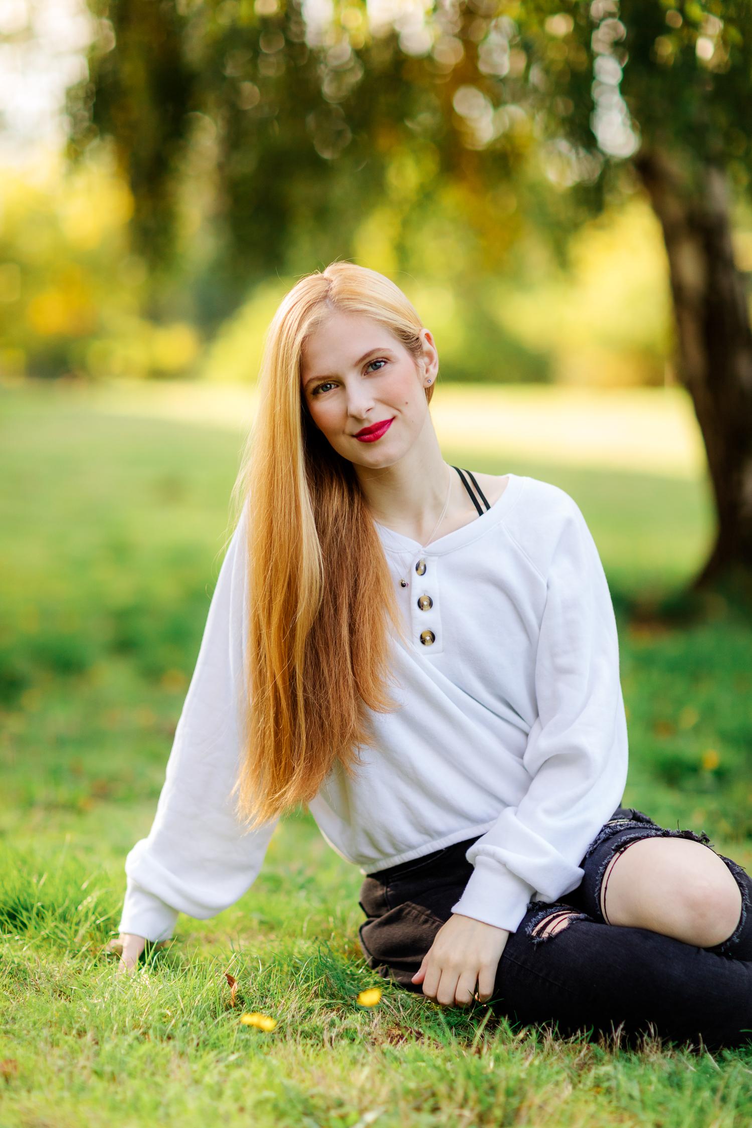 ariella-noelle-photography-seattle-area-senior-portraits-redmond-high-school-newport-bellevue-15.jpg