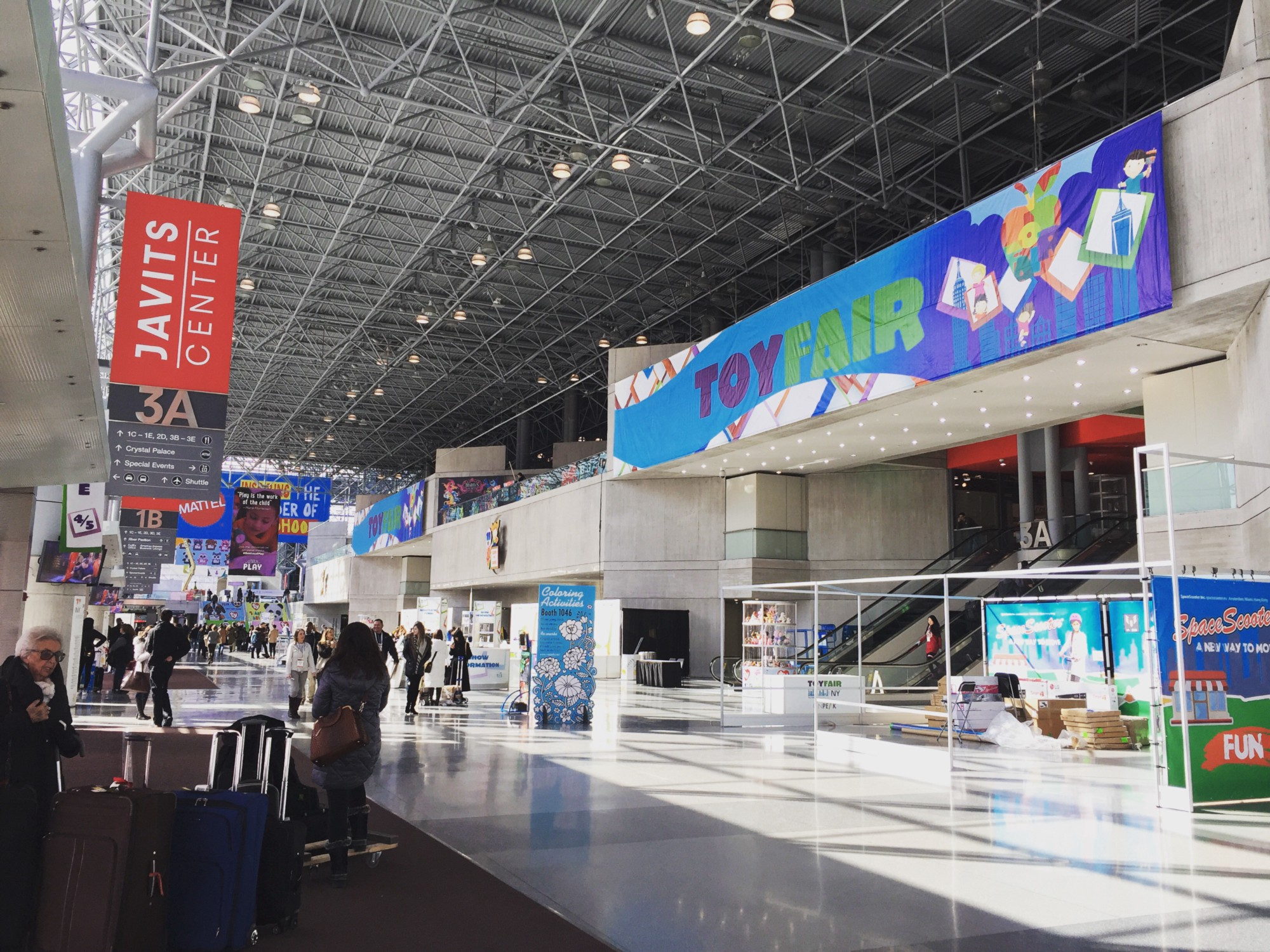 One of the main entries to the main floor at the Javits in New York, the calm before the crowd on an early Saturday morning.