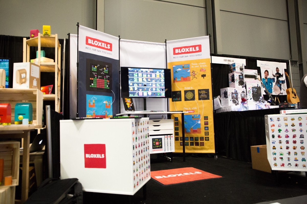 The Bloxels booth on the last day of the show #3255. Photo by Elizabeth Wiseman Photography.