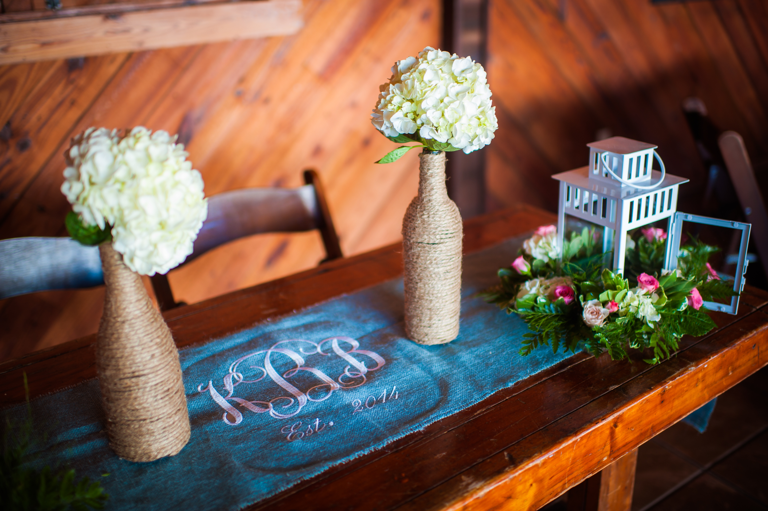 Hidden Acres Real Wedding | Kasey & Brandon | Photographs by Andrea | Coordination by Pocketful of Sunshine Event Design
