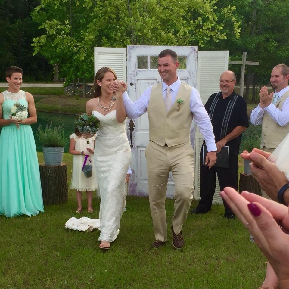Hidden Acres Real Wedding Testimonial | Autumn & Jared Barkdoll Testimonial | Photography by