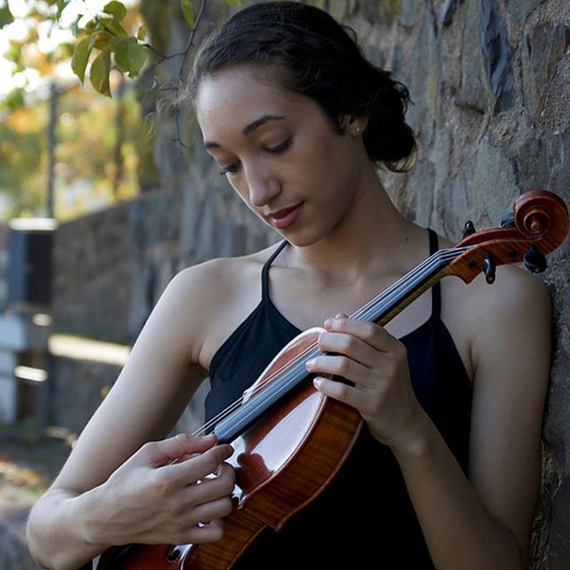 The adventurous string quartet @PUBLIQuartet will perform pieces from inspiring composers at the NewLatin Wave arts festival on Sunday, September 30 and this post will honor the talented Camila Agosto. Her project Blemish began as a reflection on the raw emotional response we as humans feel when experiencing moments of guilt, anger, fear, and sorrow. @camila.agosto became increasingly interested in creating works that incorporate music, text, and subtle theatricality to evoke the verbal and non-verbal thoughts and intentions behind the challenges often faced in communicating with one another. Show some support at #NLWfest2018, faltan 28 dias! . . . . . #NewLatinWave #LatinX #Composer #PubliQuartet #Brooklyn #NewYorkCity #HereToStay