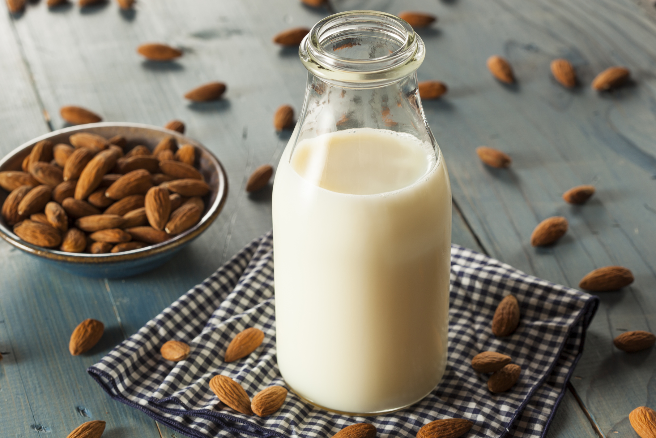 Homemade Almond Milk; A HELPING HAND: Delicious Recipes in English & Tagalog by Frog Michaels