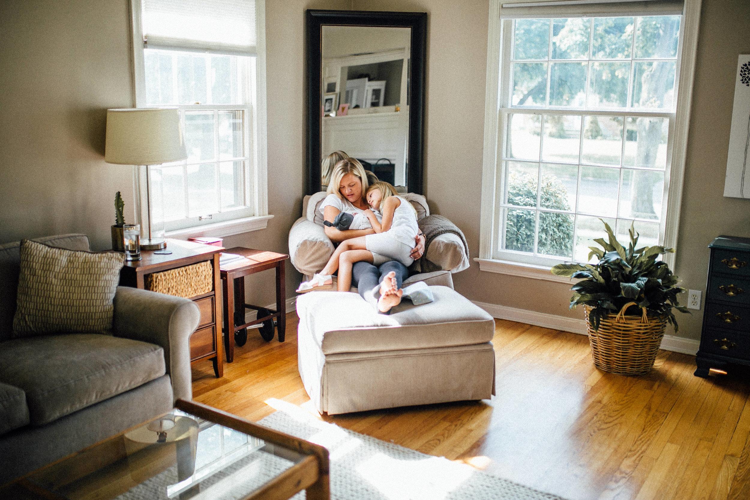 Schueller-Newborn-Grand-Rapids-Family-Photographer-4400.jpg