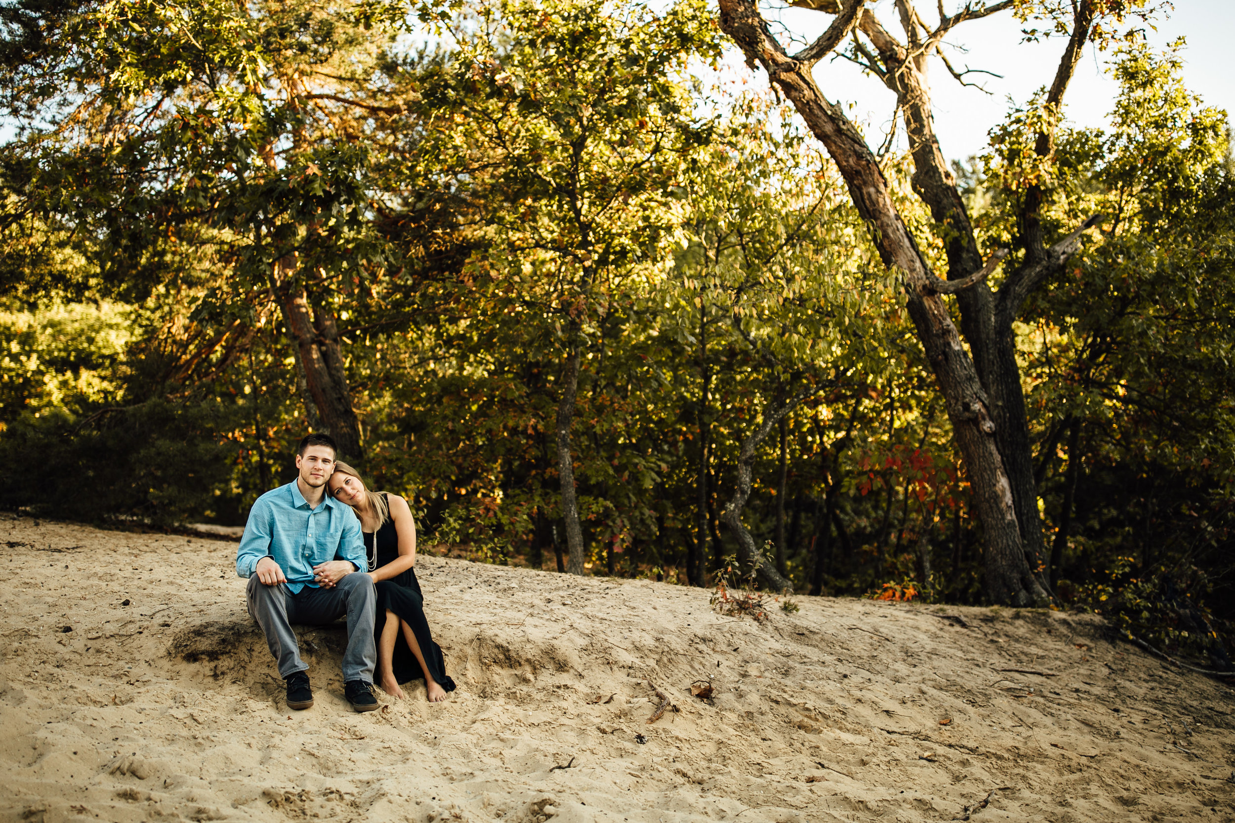 Stephanie-Corey-Grand-Rapids-Engagement-Michigan-Wedding-Photographer-0802.jpg