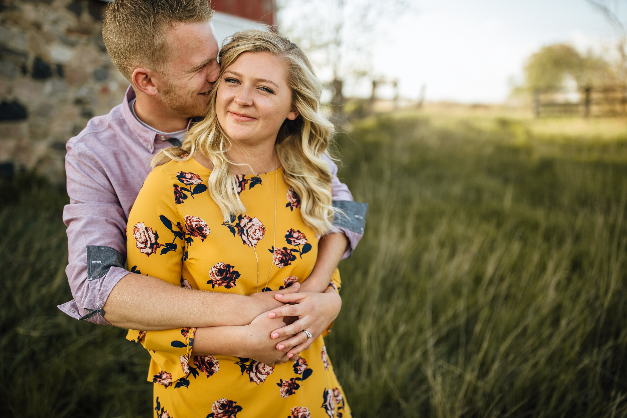2018-5-Tessa-Aaron-Grand-Rapids-Engagement-Michigan-Wedding-Photographer-1414.jpg