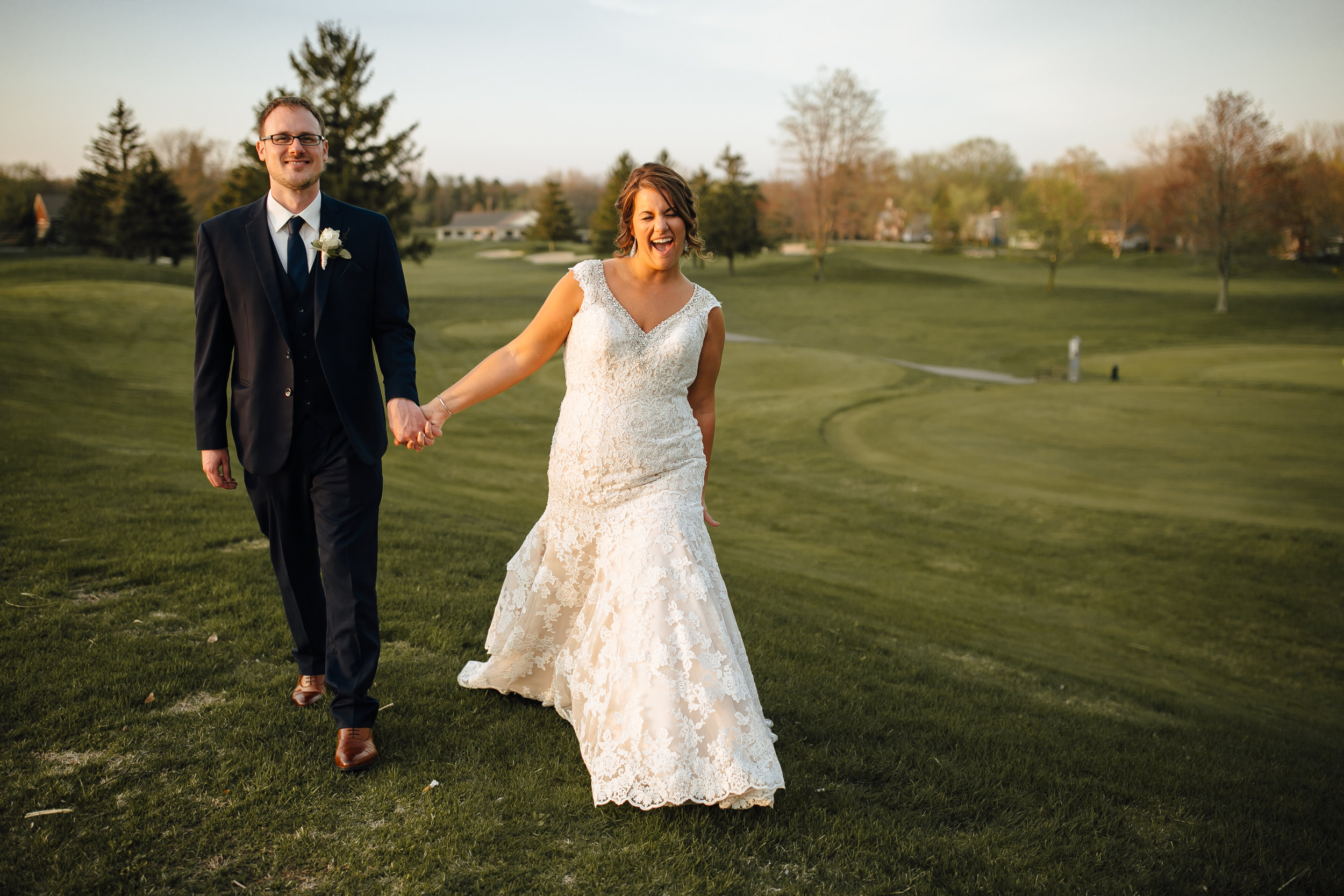 2018-5-Kate-Golden-Hour-Grand-Rapids-Wedding-Michigan-Wedding-Photographer-45.jpg