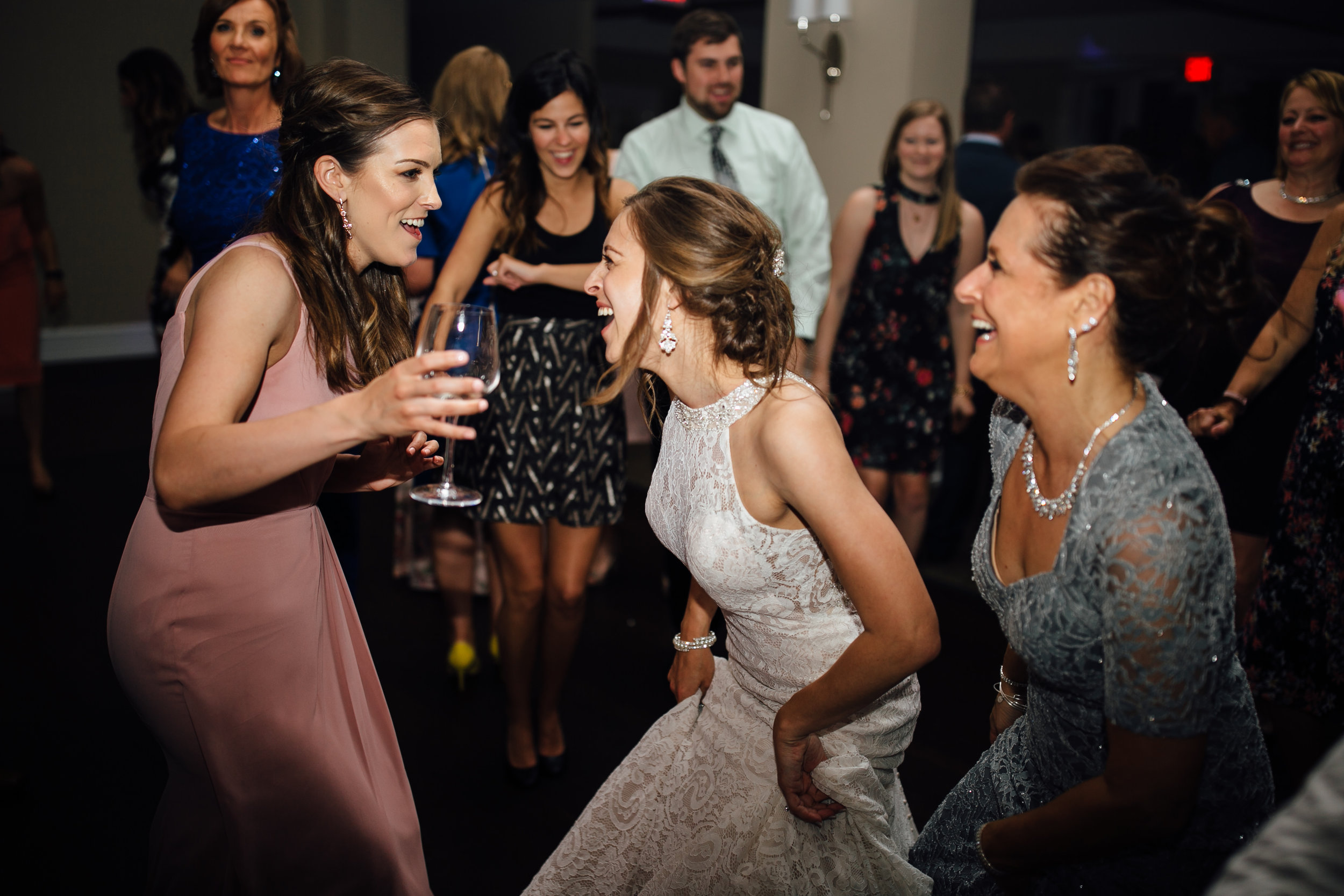 2018-5-Sammi-Travis-Reception-Grand-Rapids-Michigan-Wedding-Photographer-196.jpg