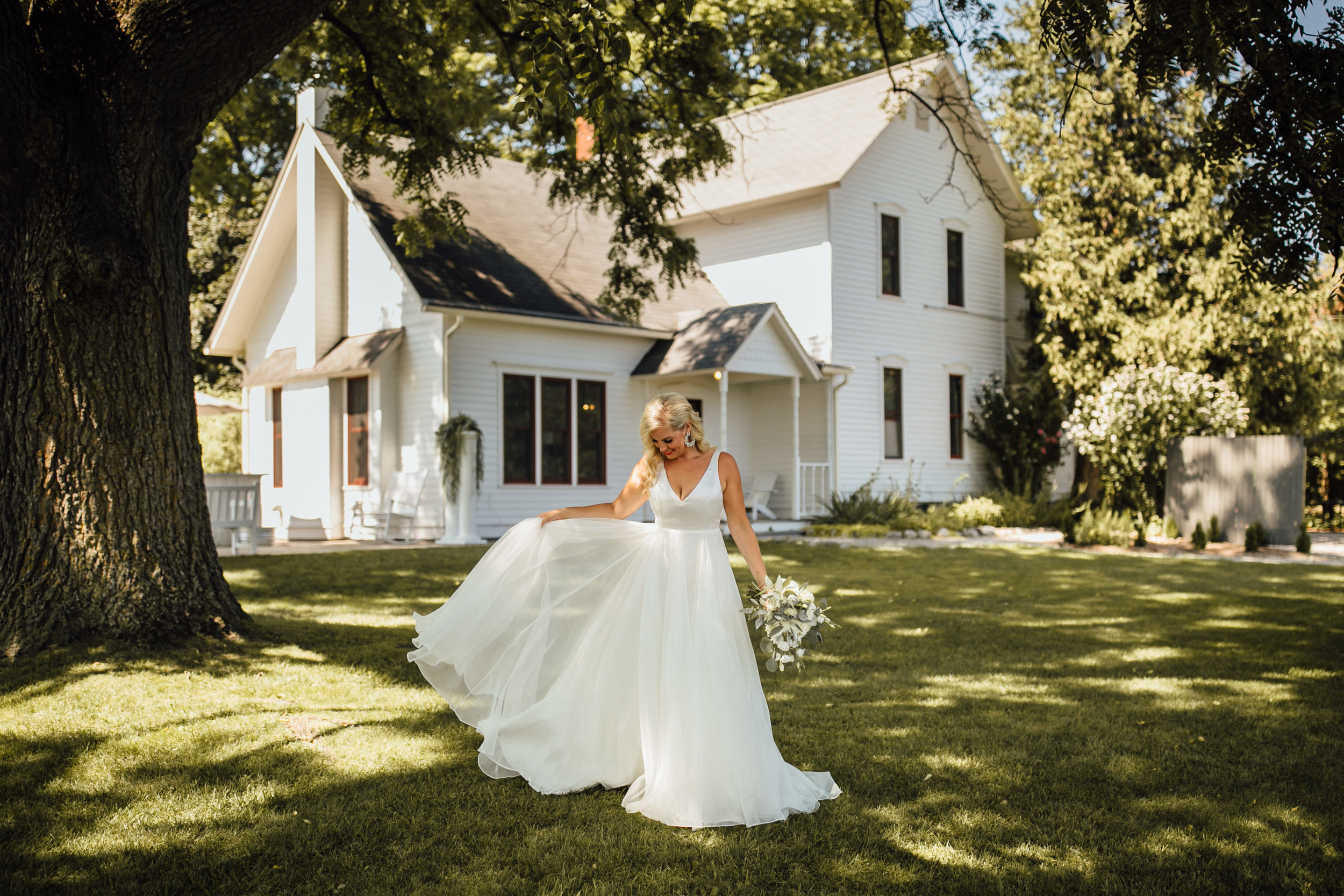 2018-8-Chelsea-Rich-Portraits-Aurora-Cellars-Traverse-City-Wedding-Michigan-Wedding-Photographer-101.jpg