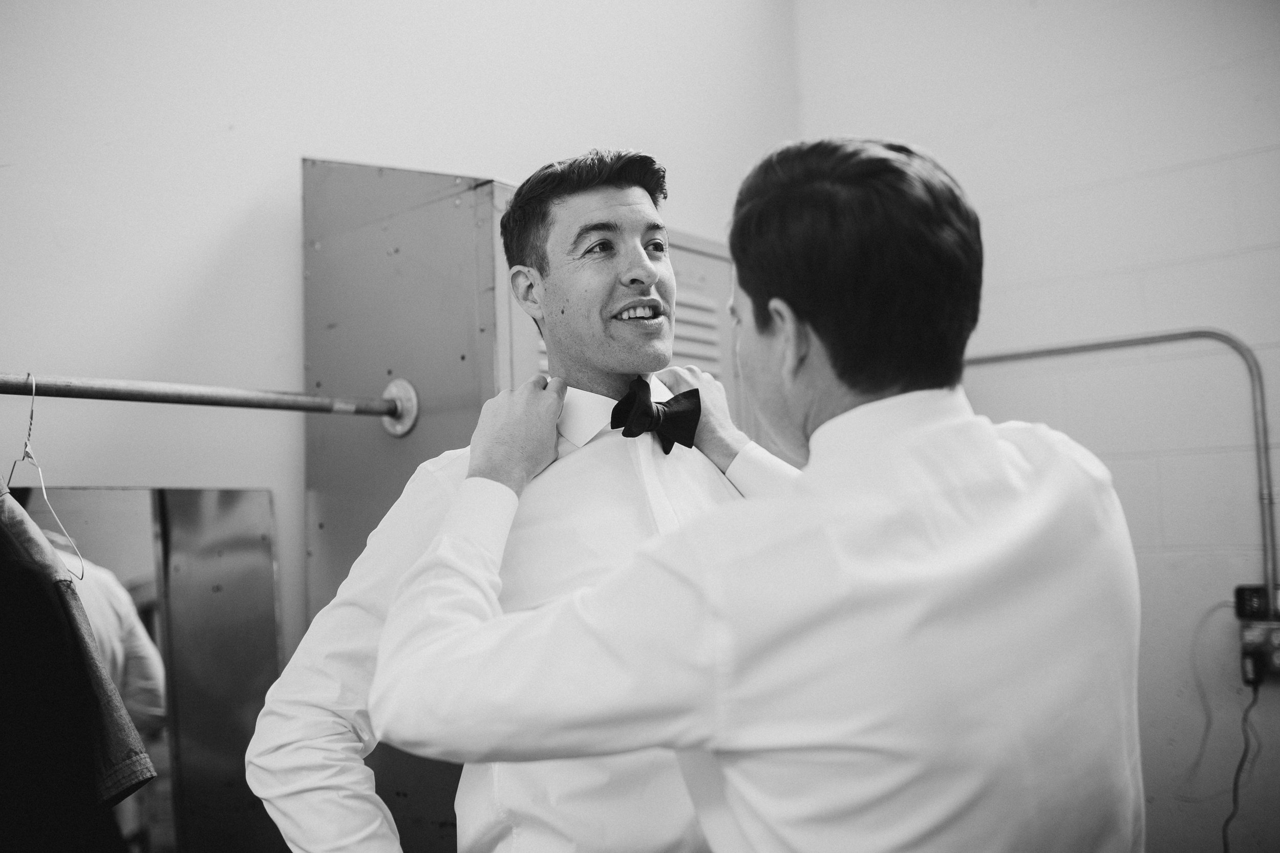 2018-6-Maggie-Johnny-Preparations-Cheney-Place-Wedding-Grand-Rapids-Michigan-Wedding-Photographer-103.jpg