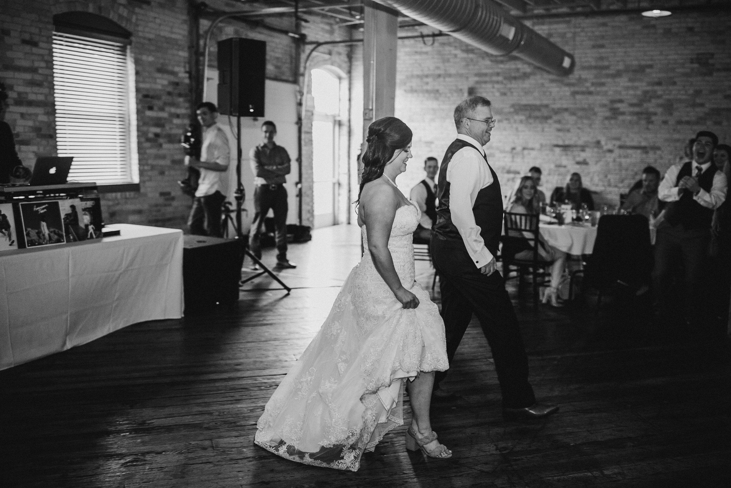 2018-5-Kelly-Jake-Reception-Grand-Rapids-Wedding-Michigan-Wedding-Photographer-143.jpg