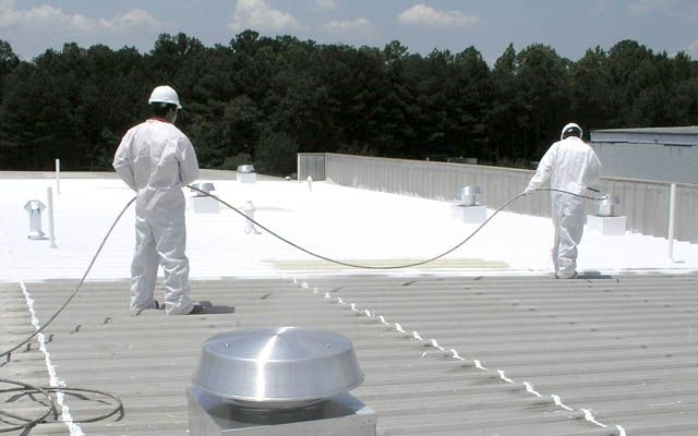 10843308-flat-roof-coating.jpg