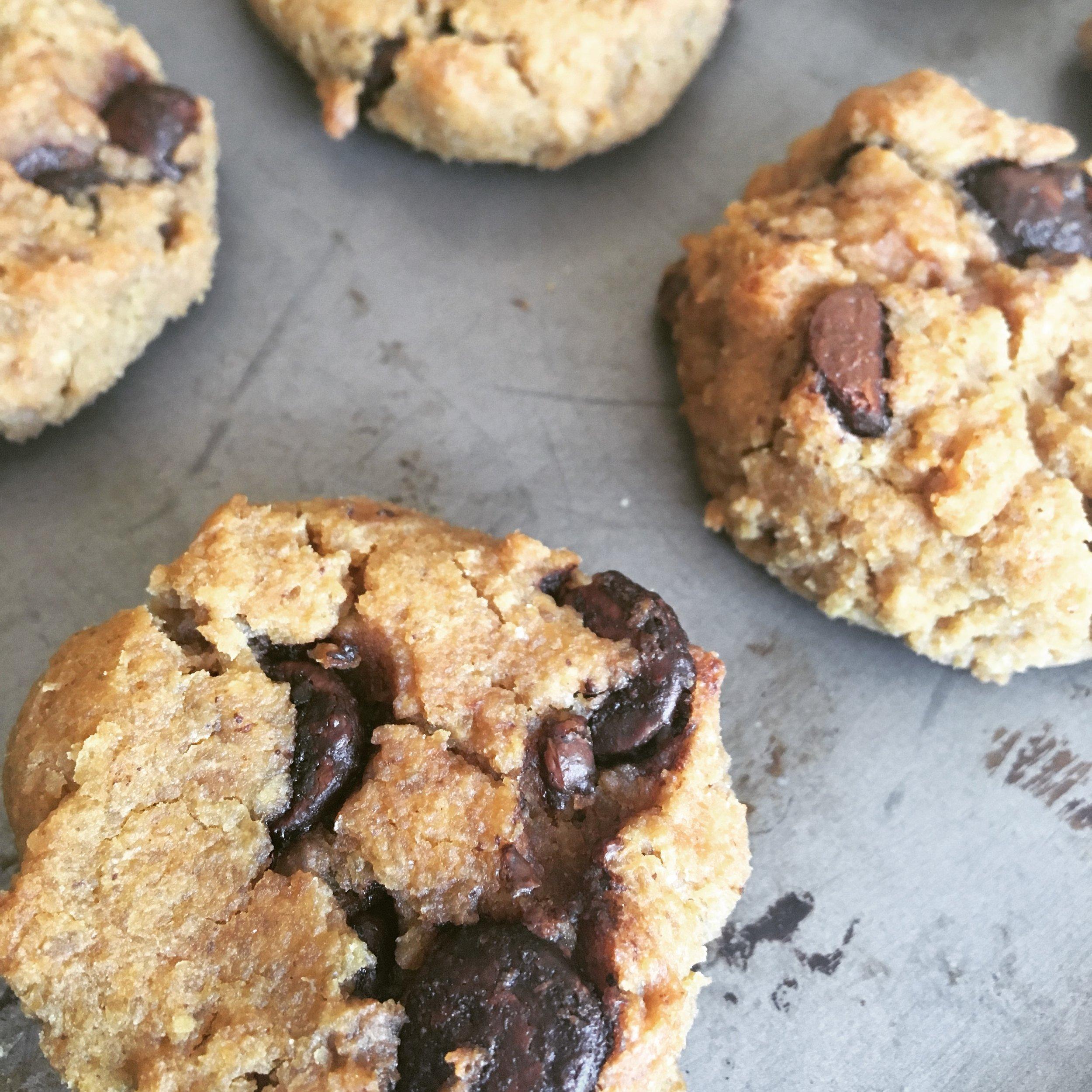 peanut & chickpea cookies