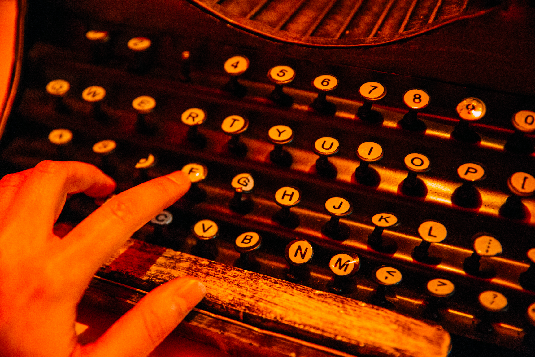 Bourne's Mission Typewriter 30%.png