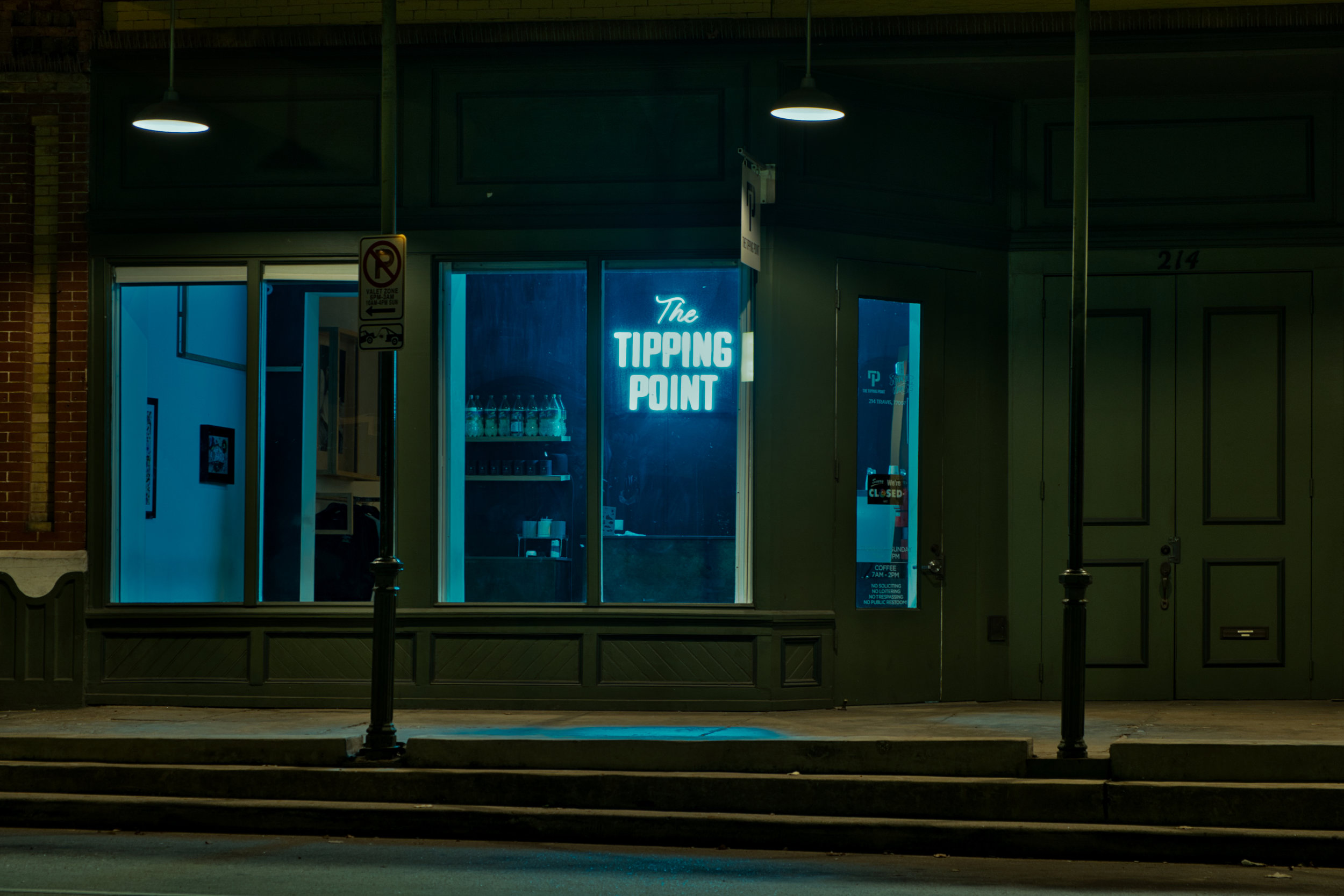 the tipping point - 214 Travis St Suite AHouston, TX 77014