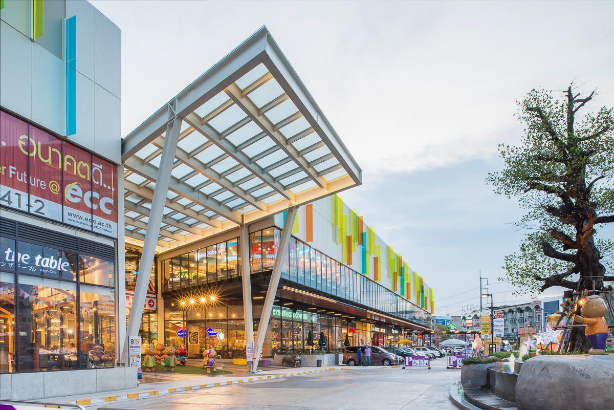 Plearnary Mall_089.jpg