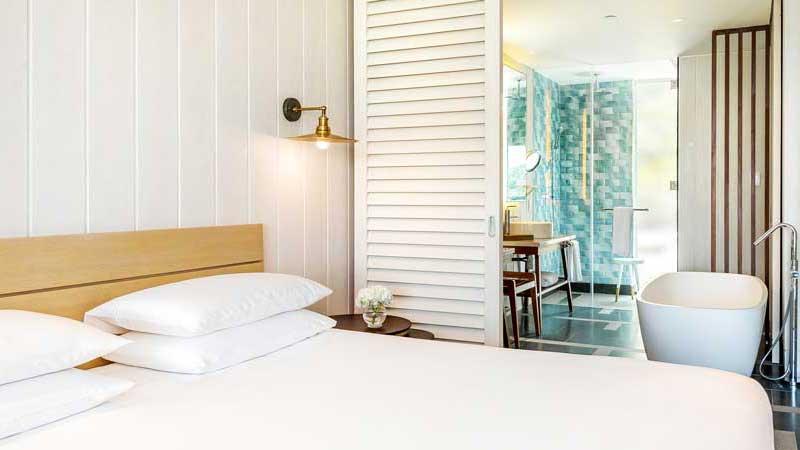 SKBPH_P061_King_Room.jpg