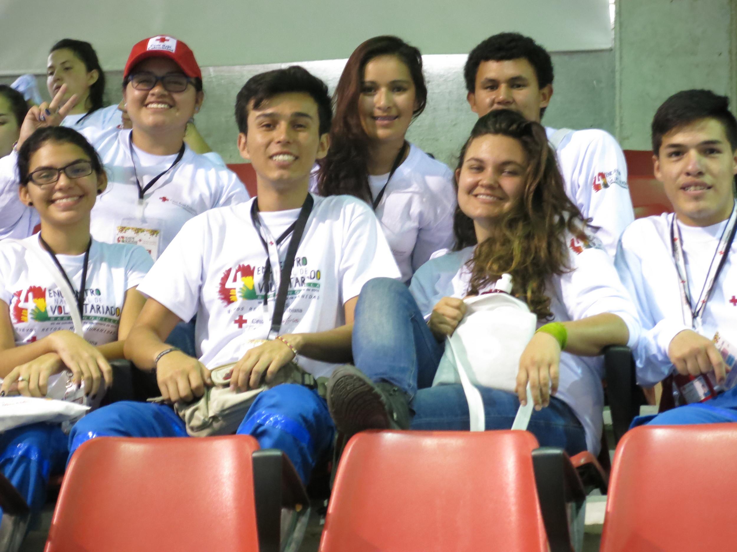 Voluntarios de la Seccional Cundinamarca & Bogotá, volunteers from the Cundinamarca & Bogotá Branc