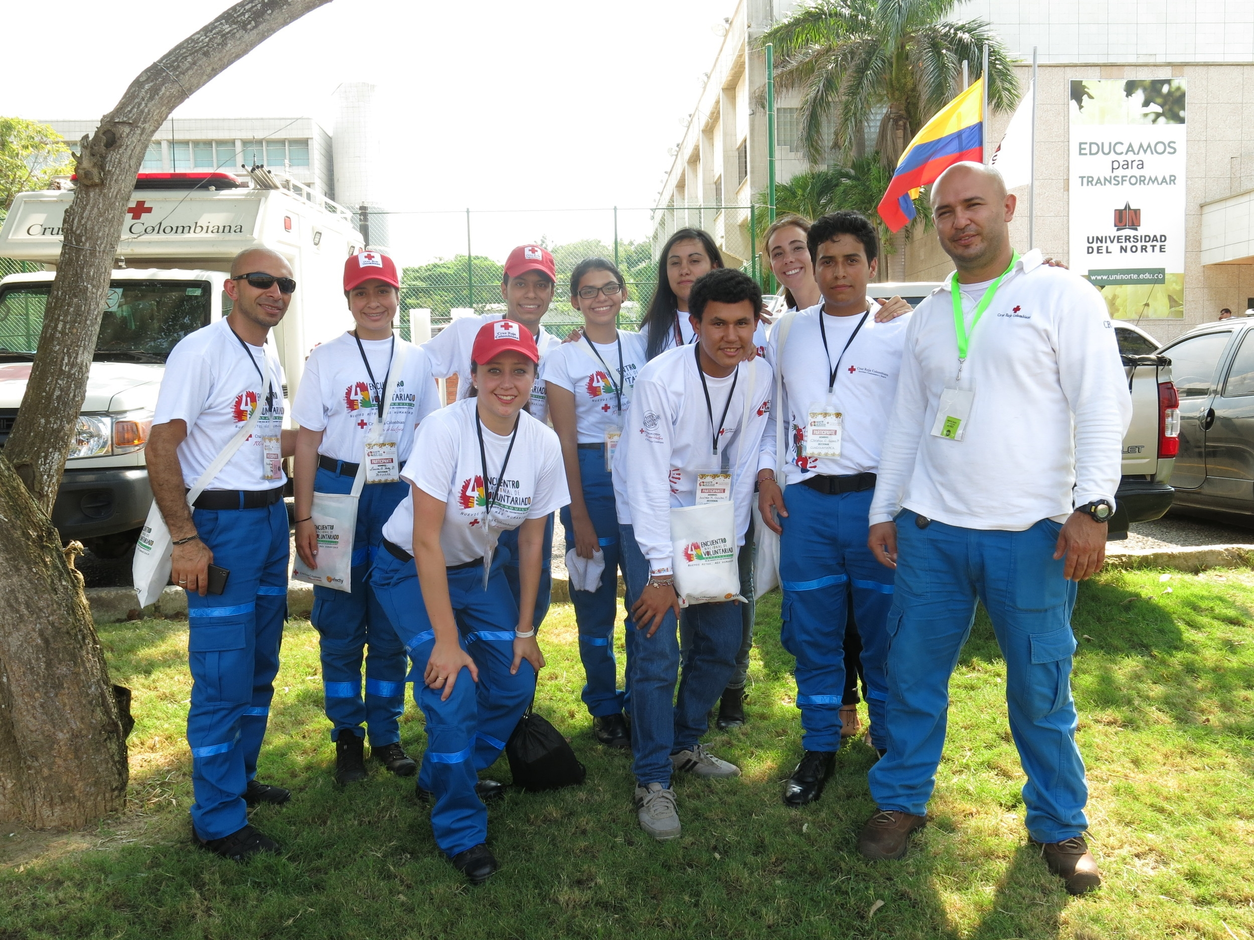 Voluntarios, volunteers