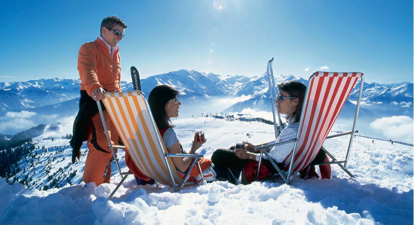 Un descanso despues una caminata en esquís