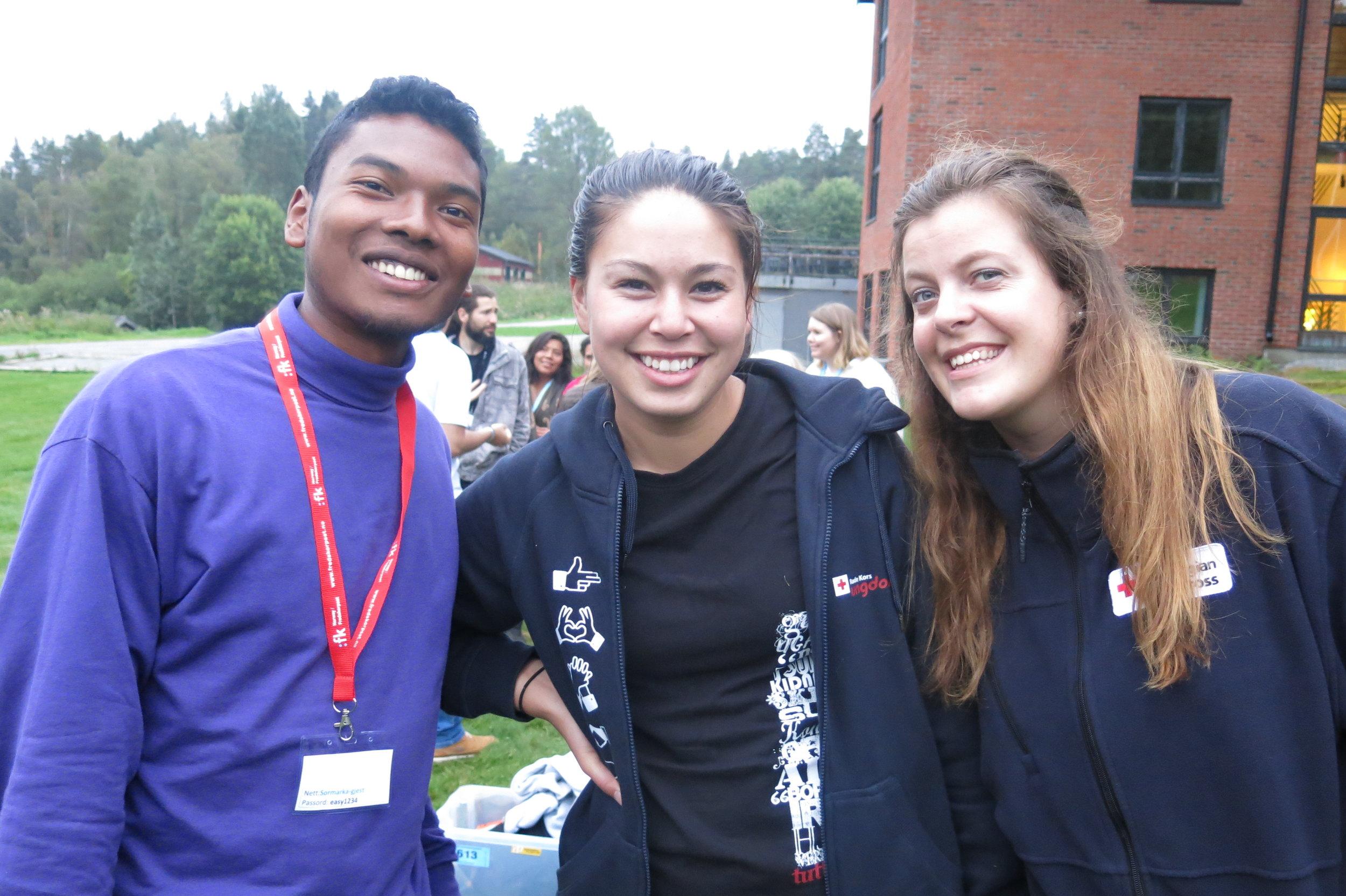 Aina Jonathan, Maria and Kristina